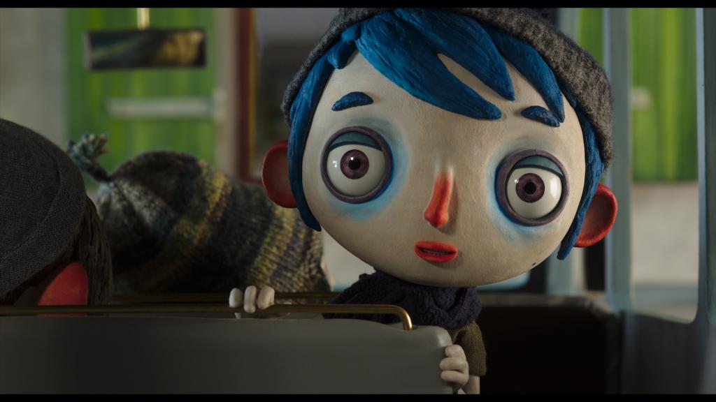Marionnette representantun petit garçon à l'air triste